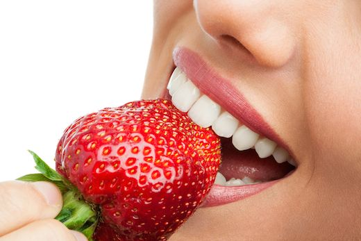 Healthy Food that Helps Whiten Your Teeth