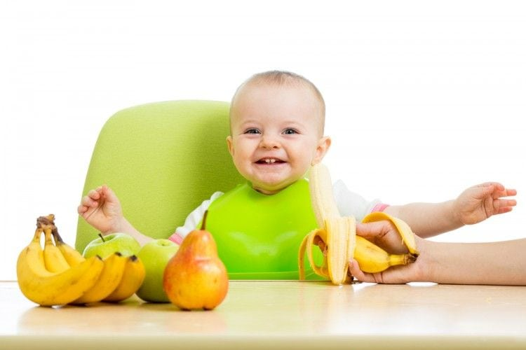 Weaning Guide - Moving onto Solid Foods